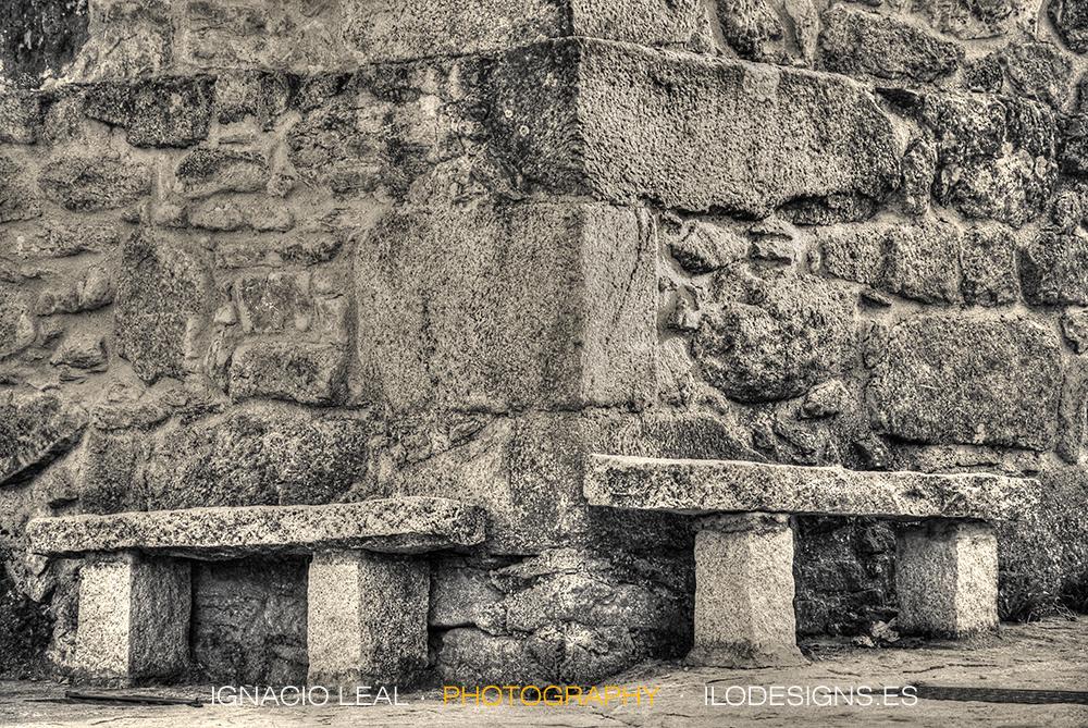 bench_stones_corner